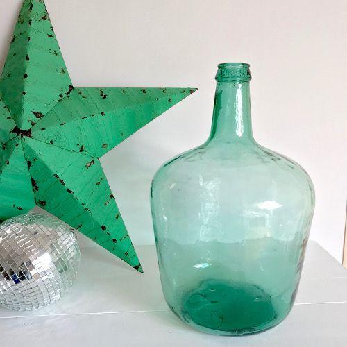 Brocante Décoration : ancienne dame jeanne VIRESA de couleur vert d'eau de 10 L, appelée aussi bonbonne ou tourie, déshabillée de sa protection en paille.