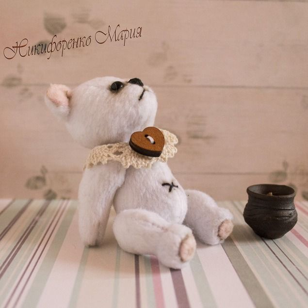 Всем доброго денечка!!!!! Решила сегодня доставить вам радость! Для этого разыгрываю маленького мишку тедди Арсюшу!!!!! http://www.livemaster.ru/item/16304765-kukly-igrushki-mishka-teddi-arsyusha Мишка новый, родился вчера ночью!!!! Рост всего 9 см. Кому хочется новорожденного?