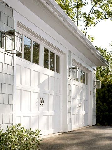 House Update: Garage Door - The Wood Grain Cottage