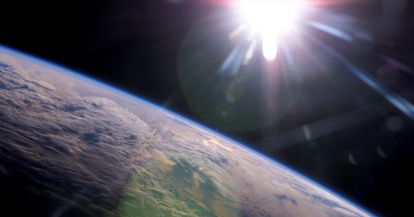 مهندس فضائي بوسعنا زحزحة مدار الأرض فرار ا من الشمس المحتضرة Earth Orbit Earth Space Engineers