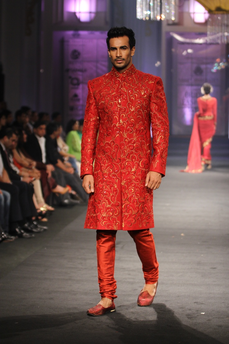 Narendra Kumar Couture Collection at India Bridal Fashion Week 2012