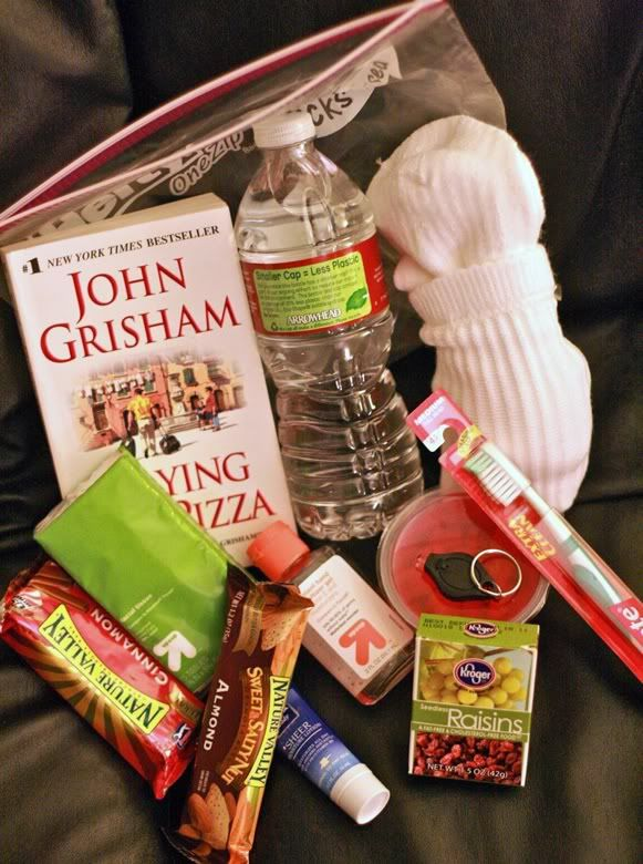 """Ideas for filling the """"Compassion Bag"""". Bottle of water, gum, pair of gloves, and more!! I'm going to do up a couple of these, put them in my car, and hand out to those who are in need. Help the HOMELESS!!"""