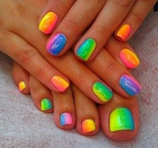 30+ Creatively Colorful Rainbow Nail Art Designs - Top Fashion