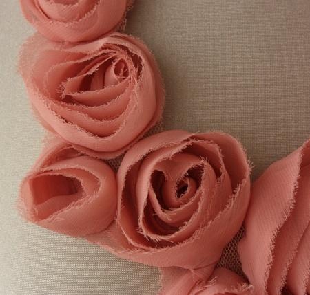 Sommernattssmykke, rosa roser, R E D E S I G N