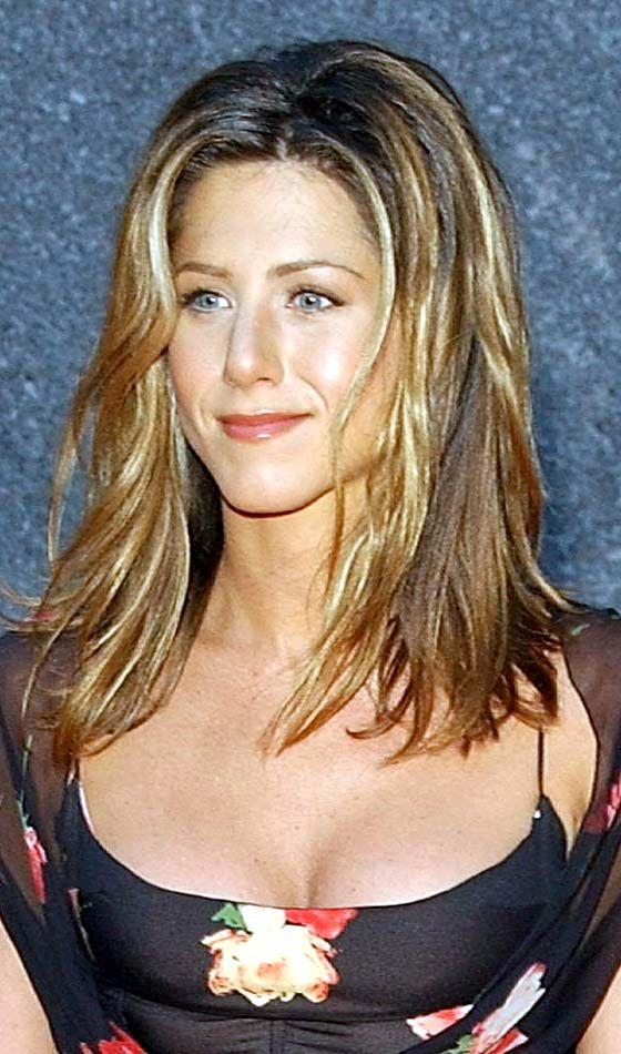 Hairstyle Evolution Of Jennifer Aniston