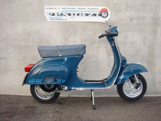 die besten 25 vespa 125 ideen auf pinterest motorroller 125 motorroller vespa und vespa. Black Bedroom Furniture Sets. Home Design Ideas