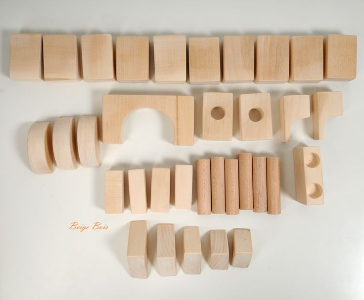 Wooden building blocks - Montessori wooden blocks - 34 pieces