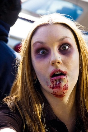 Braaaaains! How to look like a zombie for Halloween