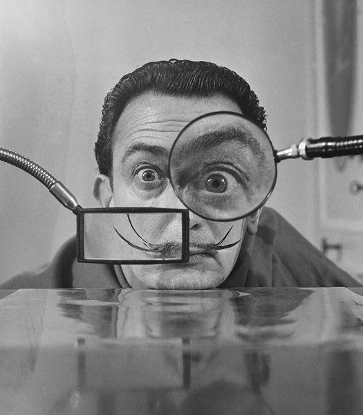 Salvador Dali, Paris, 1950, por Willy Rizzo