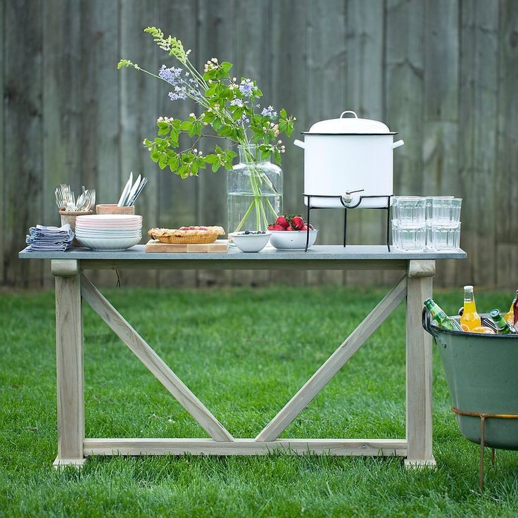Outdoor Entertaining: 10 Party Worthy Beverage Dispensers