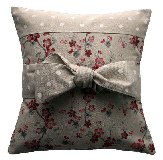 Handmade pillow cover  Country chic bow di kushinihome su Etsy, €23.90