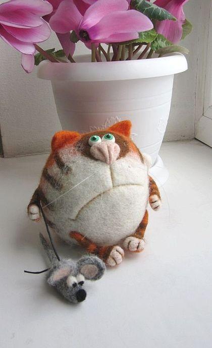 Needle Felted Toy Orange cat Basil Soft Sculpture by TashaToys,