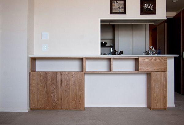 セミオーダー家具、無垢材で製作したカウンター下収納棚、ご納品の際の画像です