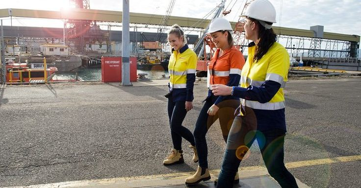 Finally, maternity safety workwear that puts your baby bump in Hi-Vis #Maternity, #SheSEmpowered, #WorkingParents
