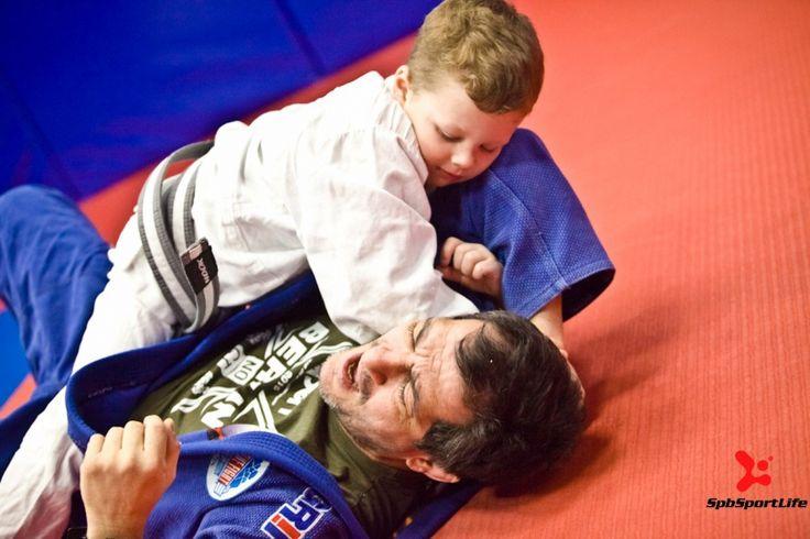 Фото отчёт с детской тренировки по Бразильскому джиу-джитсу в клубе Stone Fight