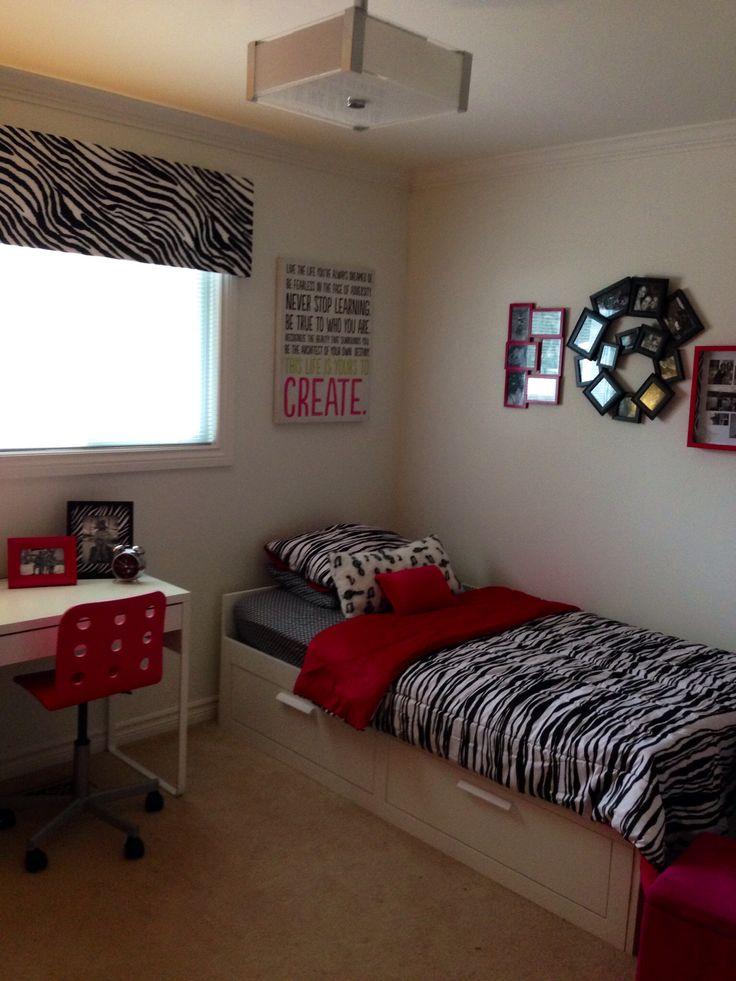 Girls Pink And Zebra Print Bedroom Lil Star Pinterest
