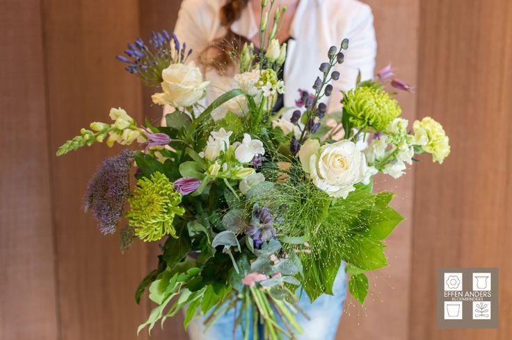 Bestel uw boeket online: http://bloemenuitaalten.nl/online-bestellen/boeketten/