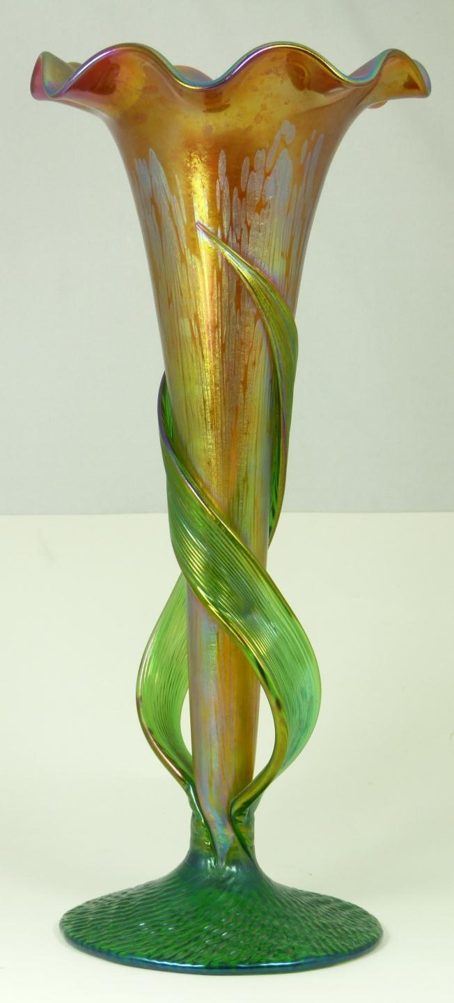 148 best pottery and glass images on pinterest glass vase old hand blown art nouveau iridescent art glass vase having a figural reviewsmspy