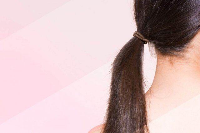 Imaginez ne plus shampouiner vos cheveux... L'idée vous semble absurde, voire irréaliste? C'est pourtant ce que choisissent de faire plusieurs personnes qui, après avoir erré au rayon des shampoings sans y trouver leur compte, se tournent vers le no poo (no shampoo ou sans shampoing), un mouvement beauté qui gagne de plus en plus d'adeptes.