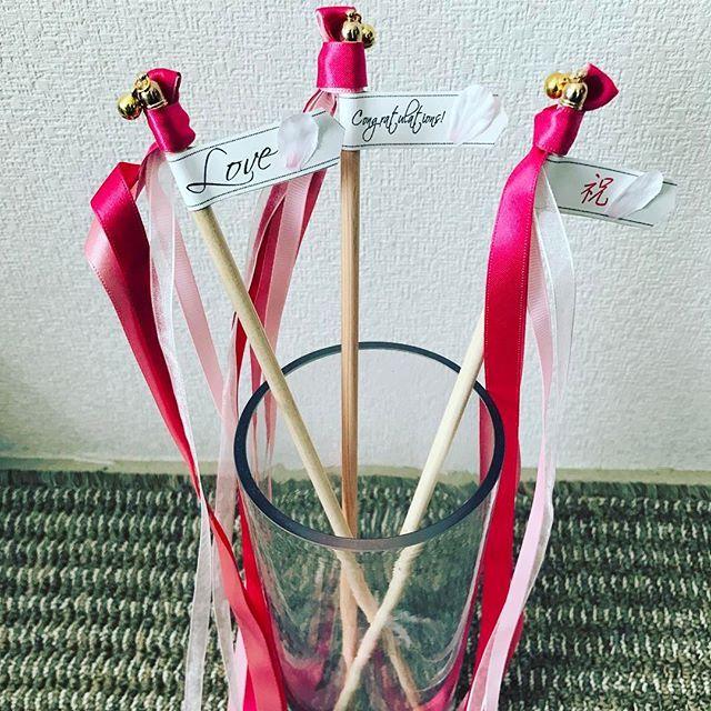 【tokutojuju】さんのInstagramをピンしています。 《newdesign♡ . 和装をイメージして、桜色のカラーと、桜の花びらがついたリボンワンズを作りましたリボンワンズは挙式後だけでなく、和装でのお色直しなどの際にもオススメです。 . まもなく販売予定です。 . #wedding #ウエディング #結婚式 #プレ花嫁 #和装 #桜 #和風 #ウエディング小物 #リボンワンズ #tokutojuju #creema #minne #世界にひとつ #花嫁 #しあわせいっぱい . #素敵な花嫁さまに届きますように》