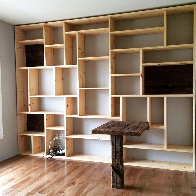 les 25 meilleures id es de la cat gorie biblioth ques sur pinterest tag re livres en caisse. Black Bedroom Furniture Sets. Home Design Ideas