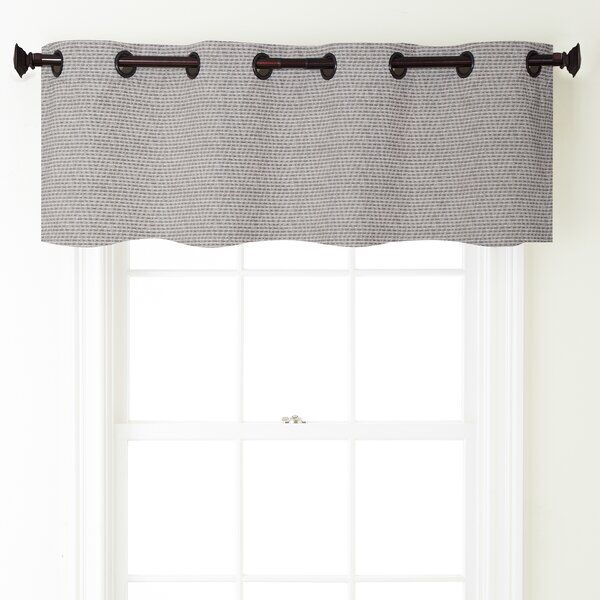 Pin By Zoe Almeda On House In 2020 Valances For Living Room