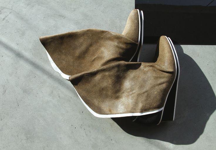 #ArtisanalFashion #FallShoes #Fashion #LuxuryShoe #TriptychNY