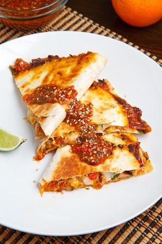 Sweet Chili Chicken Quesadilla by closetcookingDinner, Closetcooking, Recipe, Maine Dishes, Food, Sweets Chilis Chicken, Yummy, Closets Cooking, Chicken Quesadillas
