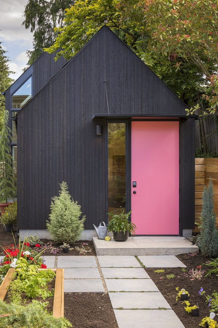 Granny Pad By Best Practice Architecture Black House Exterior House Exterior Backyard Garage