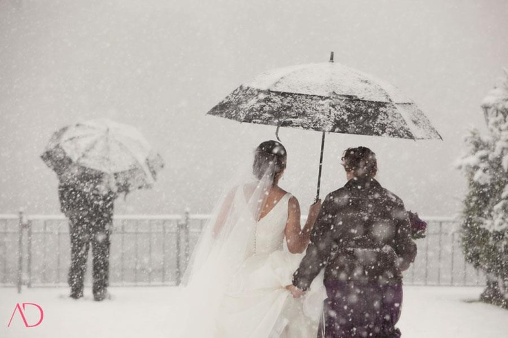 winter weddings: Santa Winter, White Wedding, Photos Ideas, Ideas Lik, Winter Wonderland, White Christmas, Winter Magic, Winter Weddings, Decor Snow