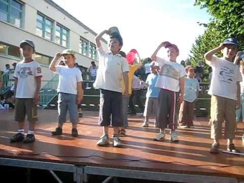 danse parties du corps ( très rythmée!)