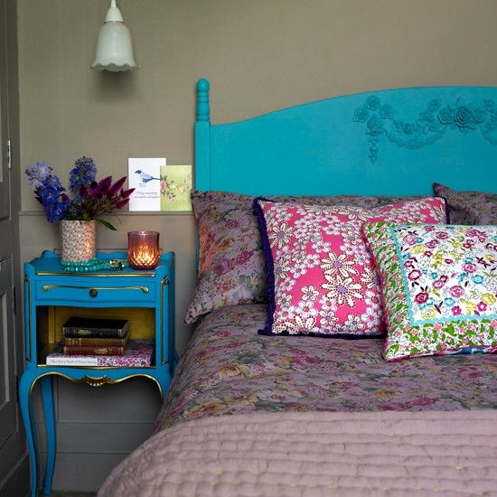 Turquoise and floral country bedroom | Bedroom decorating | Country Homes & Interiors | Housetohome.co.uk