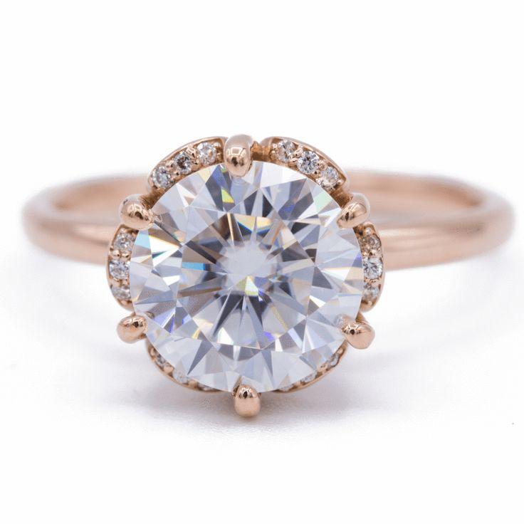 Daisy Round Moissanite Floral Diamond Basket Design Ring