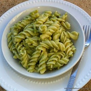 AMAZING!  My 15 month old scarfed this down!!  Kids' Whole Wheat Pasta with Pureed Broccoli Sauce http://floridagirlfood.blogspot.com/2013/11/kids-whole-wheat-pasta-with-pureed.html