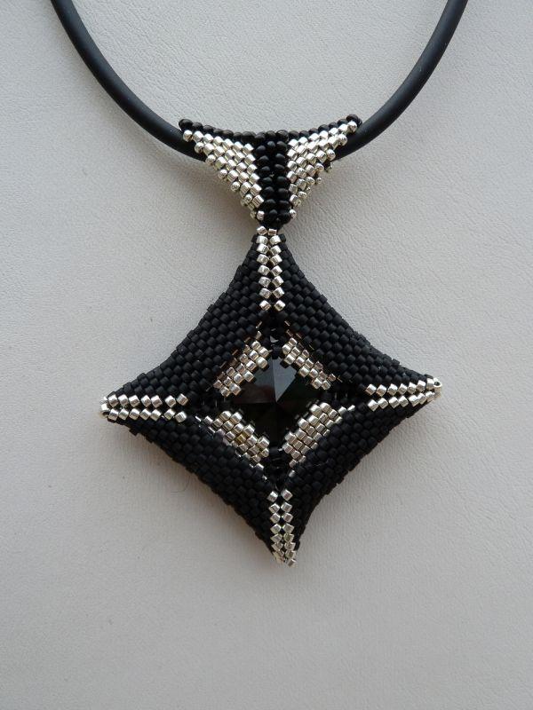REF - Photo de COLLIERS - Créations de bijoux fait main