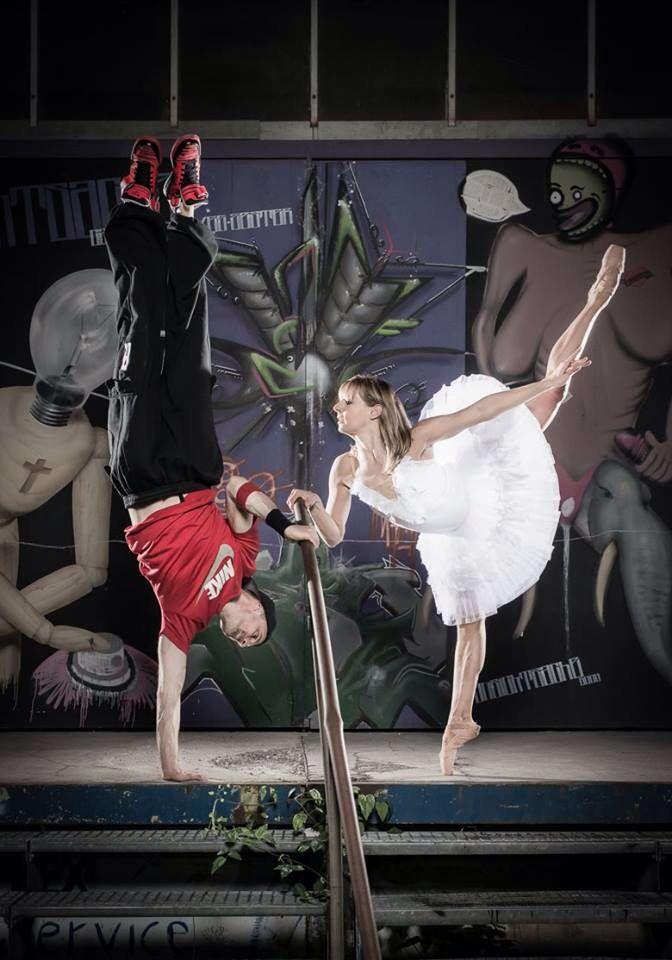 "Fotoshoot ""Ballet vs Hip Hop"" by Fotodesign Wacker, with Nina Kemptner & Schweppy  www.fotodesign-wacker.de www.ninakemptner.com www.schweppy.de www.4streatz.com"