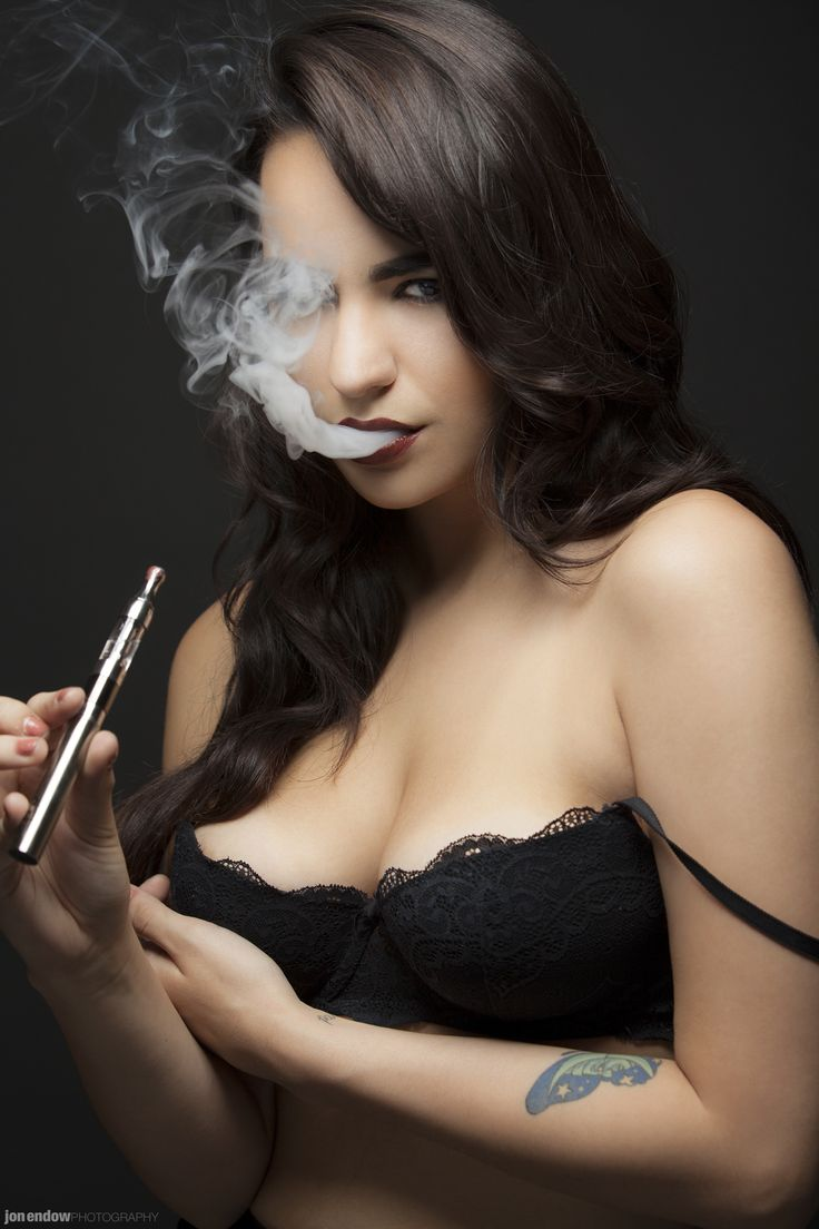 Sexy vape girls