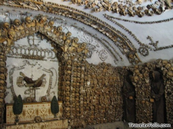 Catacombs ~ Rome, Italy. the most morbid interesting thing. tis why i love my italian heritage ^_^ we're so amazing