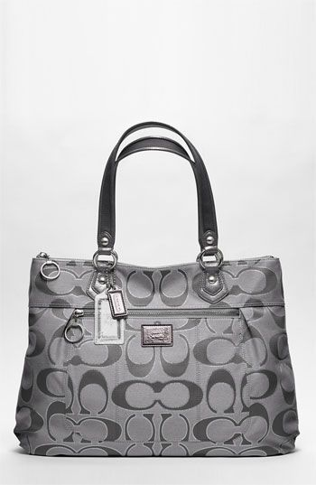 2017 Coach Handbags that you need, can't miss them! get it for 69!!