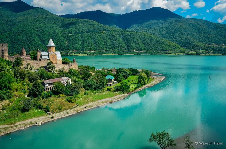 Top-10 experiences in Georgia | WaveUP Travel