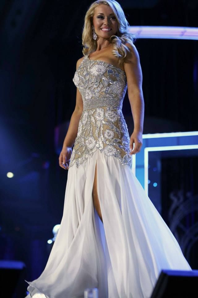Best Adjectives to Use In Your Pageant Paperwork