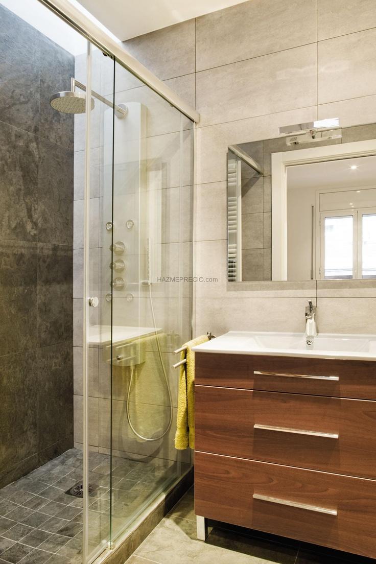 Rehabilitaci n de vivienda unifamiliar entre medianeras en for Como disenar un bano moderno