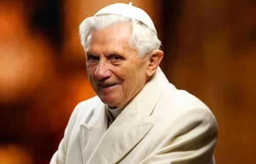 Ela é toda dedicada à vida e pensamento do Papa Emérito, tanto como estudioso, quanto como Pontífice.
