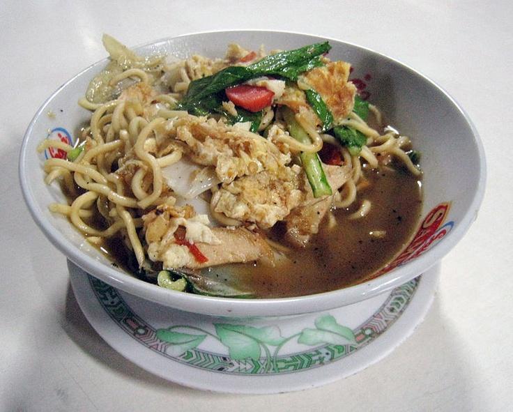 Mie Rebus Jawa, Javanese noodle soup, Indonesia - Gunawan Kartapranata