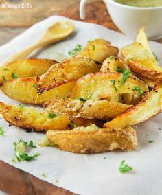 Patatas son con una vinagreta al limón que yo sirvo con pescados, pero también pueden acompañar a pollo, carne...