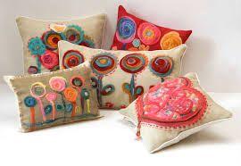 almohadones pintados a mano para bebes - Buscar con Google