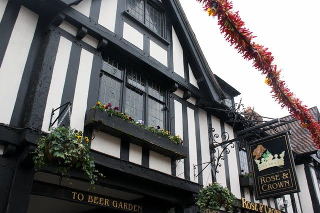 Pub in Stratford upon Avon in England