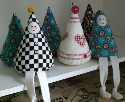 Christmas trees and tree people, could make them out of paper instead of fabric
