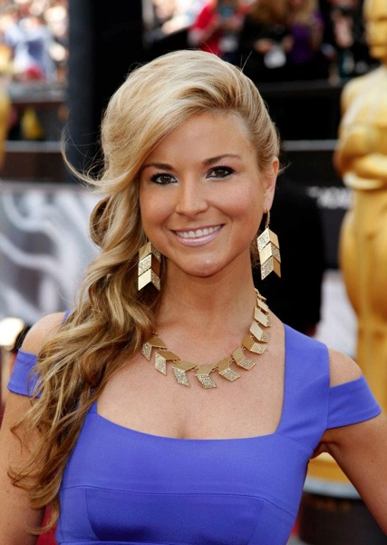 Diem Brown- Ovarian Cancer survivor. Wish we had her signature on new panties to hang for Panties Across the Bridge