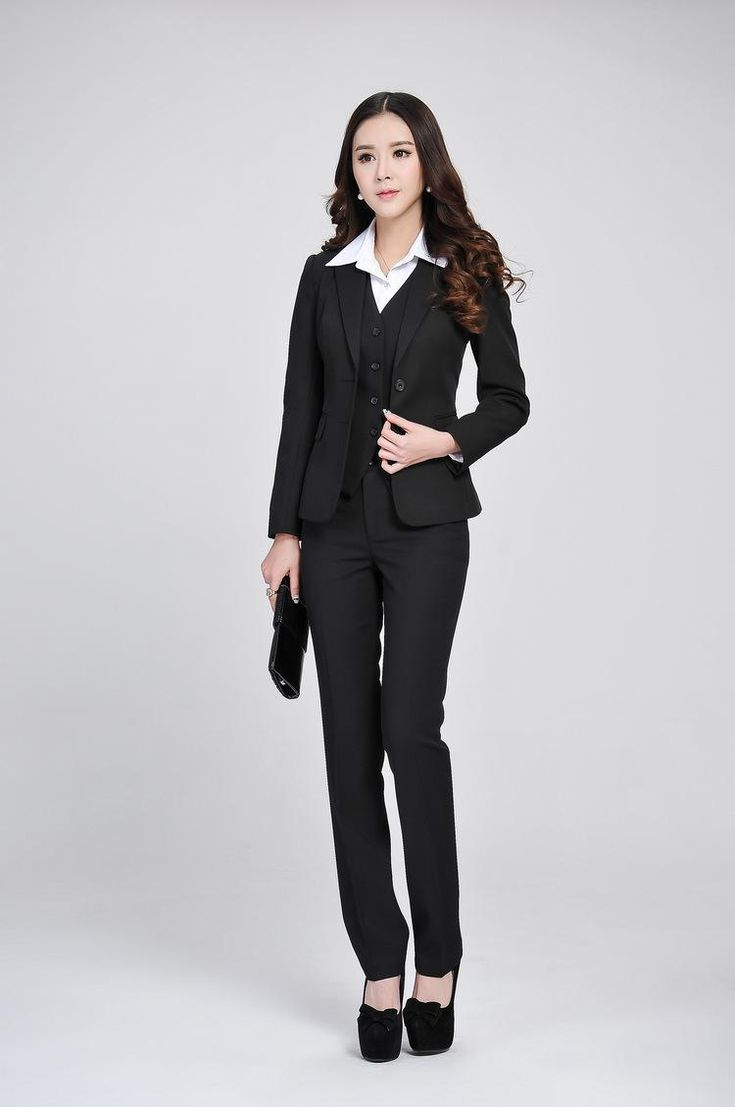 And for formal parties, such as wedding, and evening party, women also can wear fashion formal suits. Formal suits make ladies look professional, steady and vigorous. Wear right formal suits and women surely would leave a good impression.
